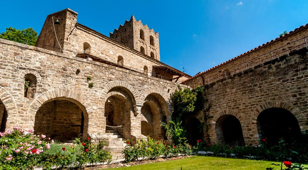 6 juin : Solennité de la Fête Dieu à St Martin du Canigou