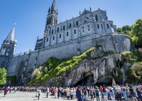 Lourdes Connecté 2020 – Le pèlerinage sur nos sites et réseaux sociaux