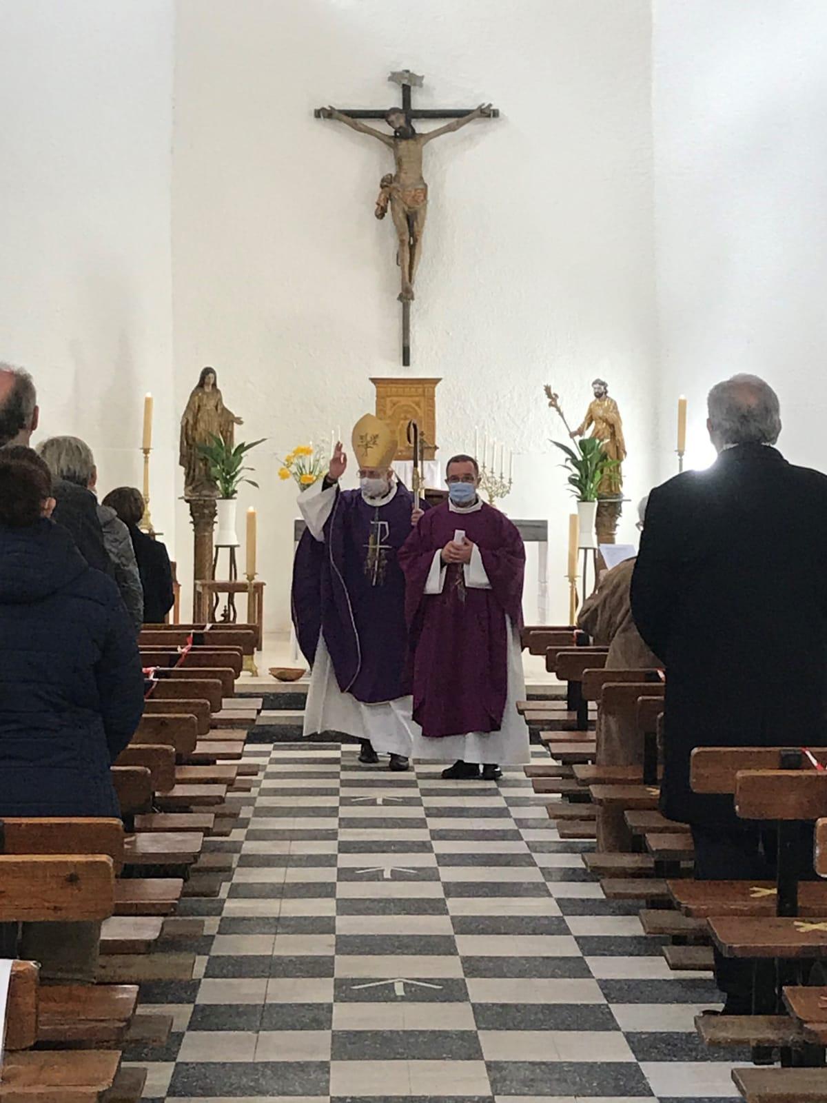 Salses : les travaux de l'église bénits par le père évêque