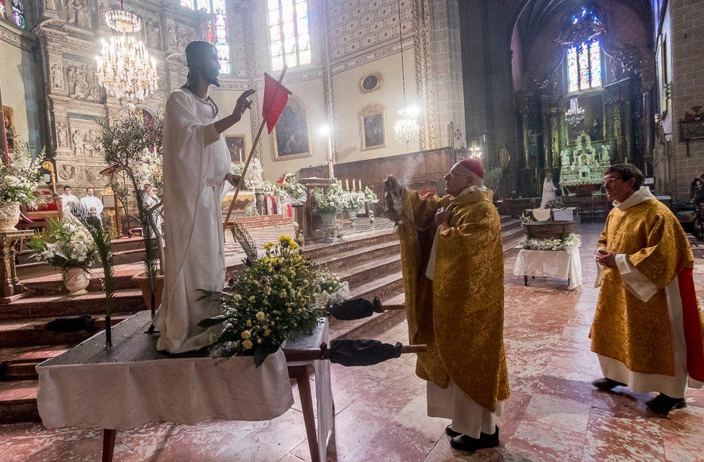 Revivez le direct de la messe de Pâques 2021