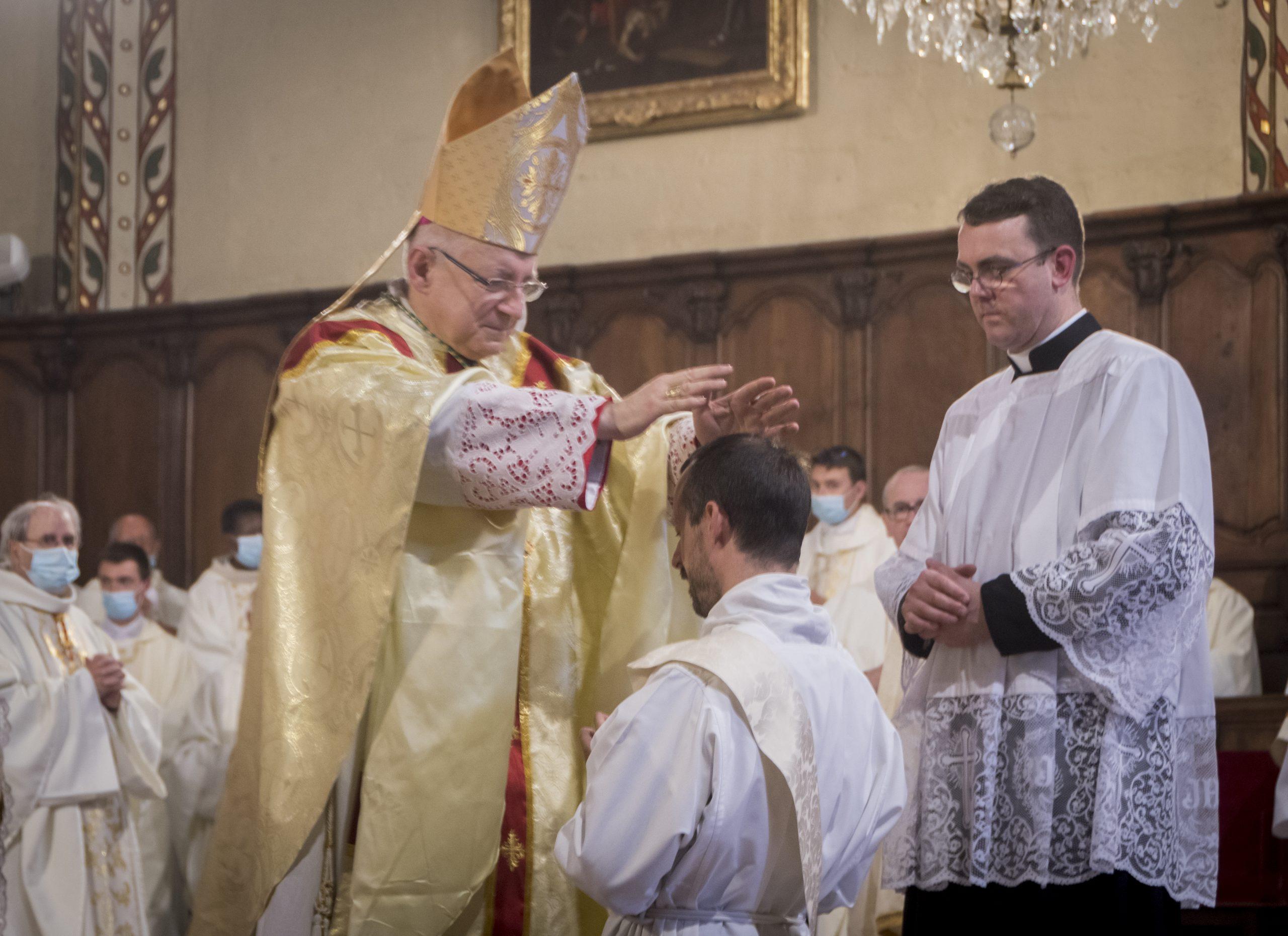 Revivez en vidéo et en photos l'ordination sacerdotale de Damien de Ricard